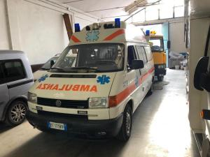 Ambulance VW T4 , 2,5TDI, 2001- 7